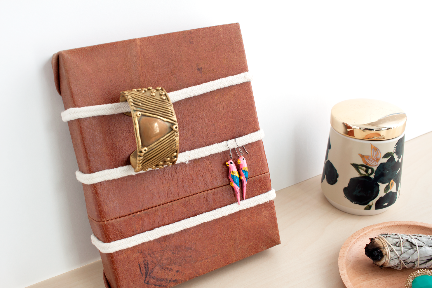Leather Jewelry Organizer DIY