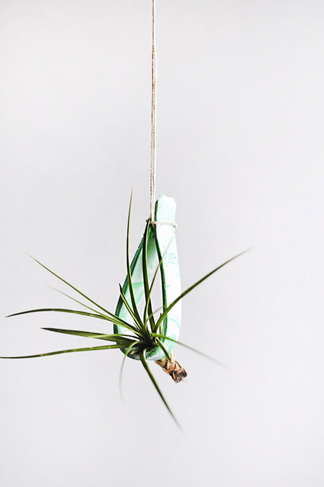 DIY Marbled Hanging Plant Holder by Delineate Your Dwelling