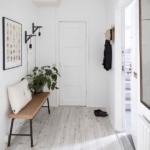 Warm Minimal Entryway Inspiration