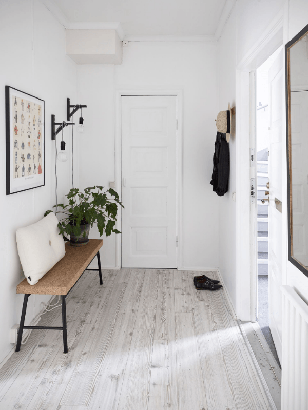 Warm Minimal Entryway Inspiration - Coco Lapine Design