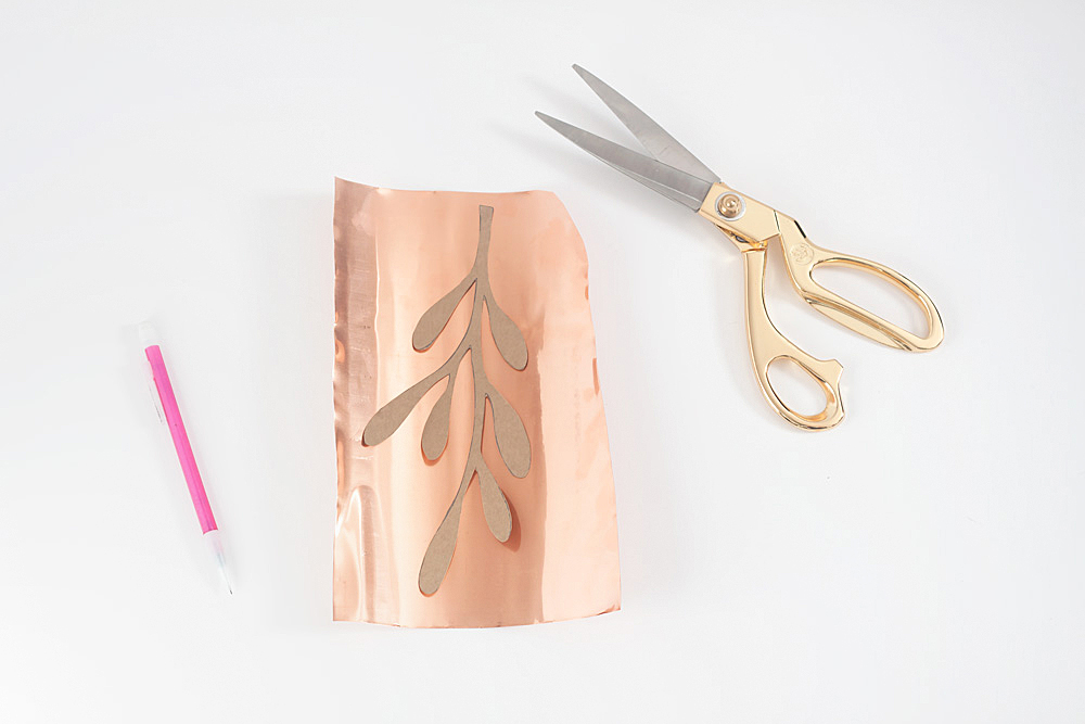 DIY Copper Mistletoe @idlehandsawake