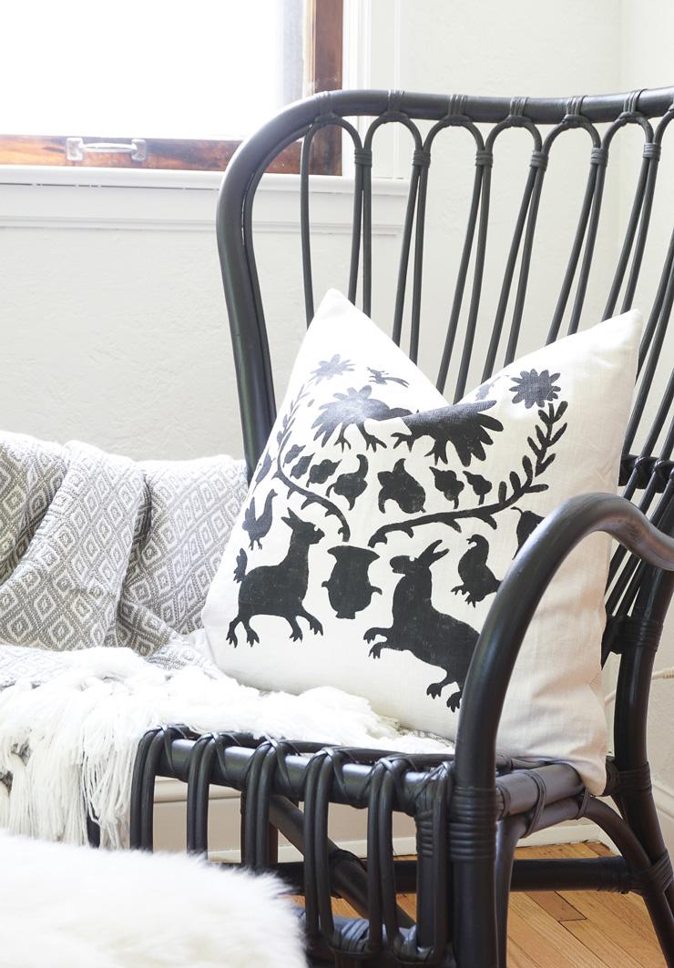 DIY Otomi Pillow - Francoise et Moi