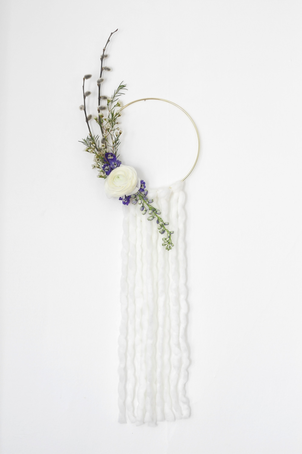 Modern Spring Wreath - Idle Hands Awake