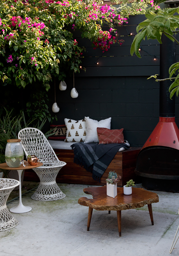 Photo by Sarah Sherman Samuel - Get inspiration for your outdoor space with these Eight Modern Urban Jungle Patios @idlehandsawake