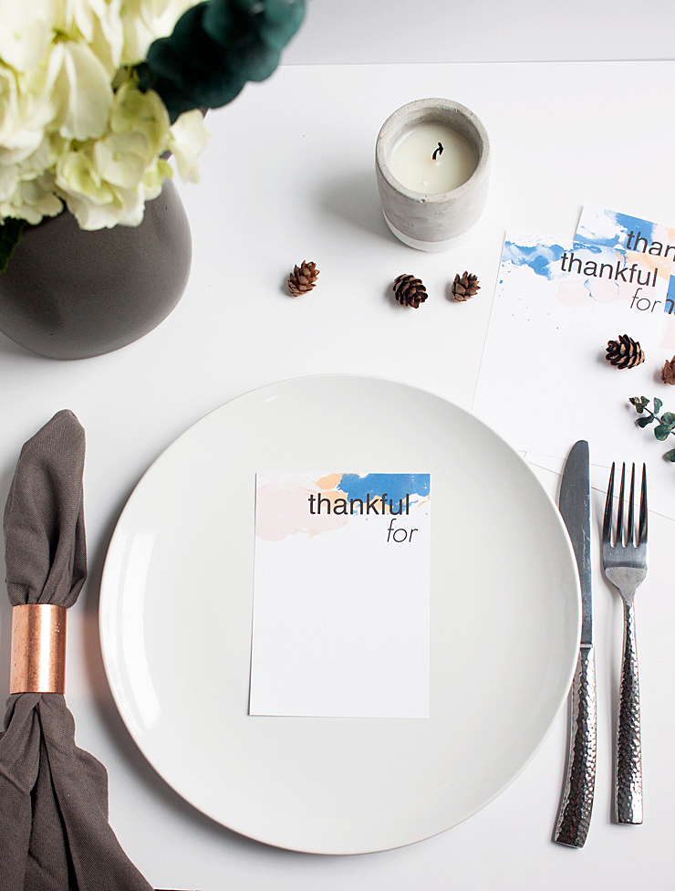 Celebrate gratitude this Thanksgiving with this free Thankful For Printable @idlehandsawake