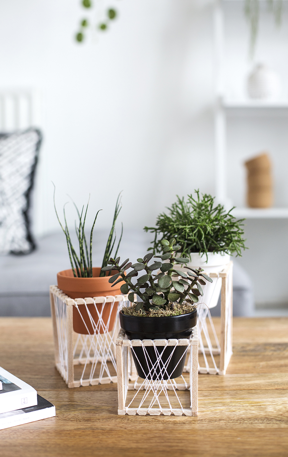 DIY Woven Plant Stand by The Lovely Drawer